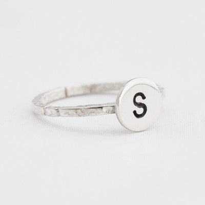 Ring letter stapel