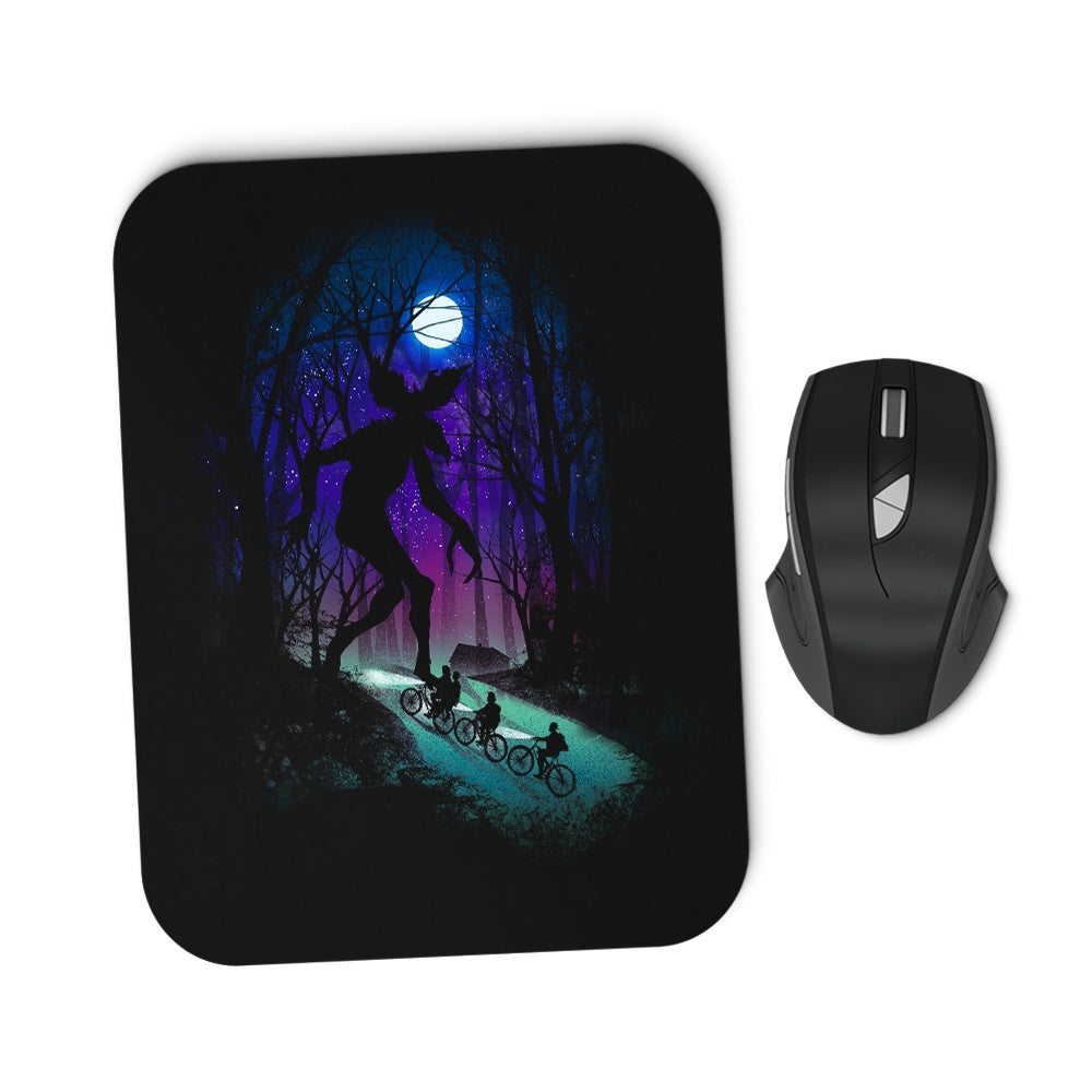 A Stranger Adventure - Mousepad