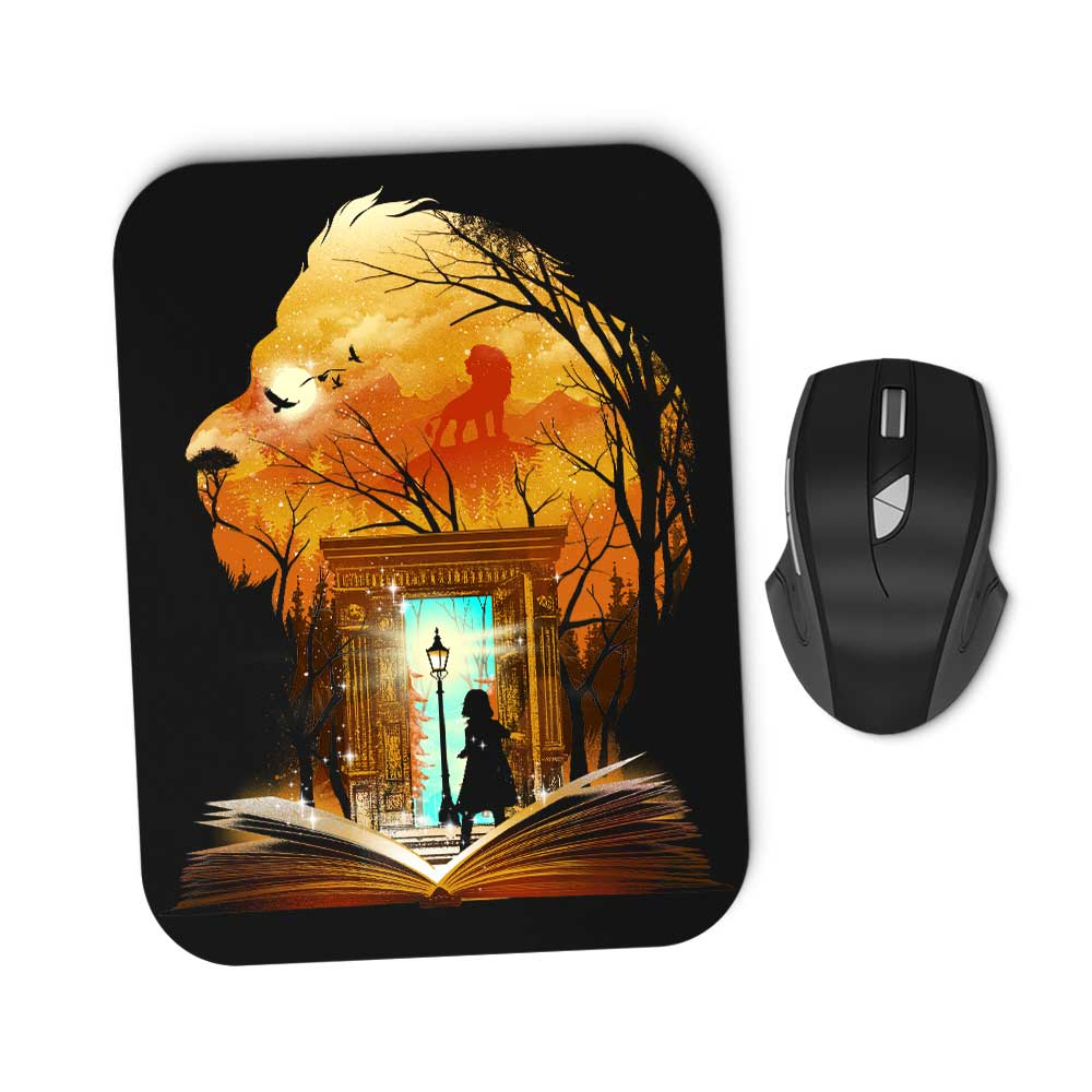 Book of Lions and Witches - Mousepad