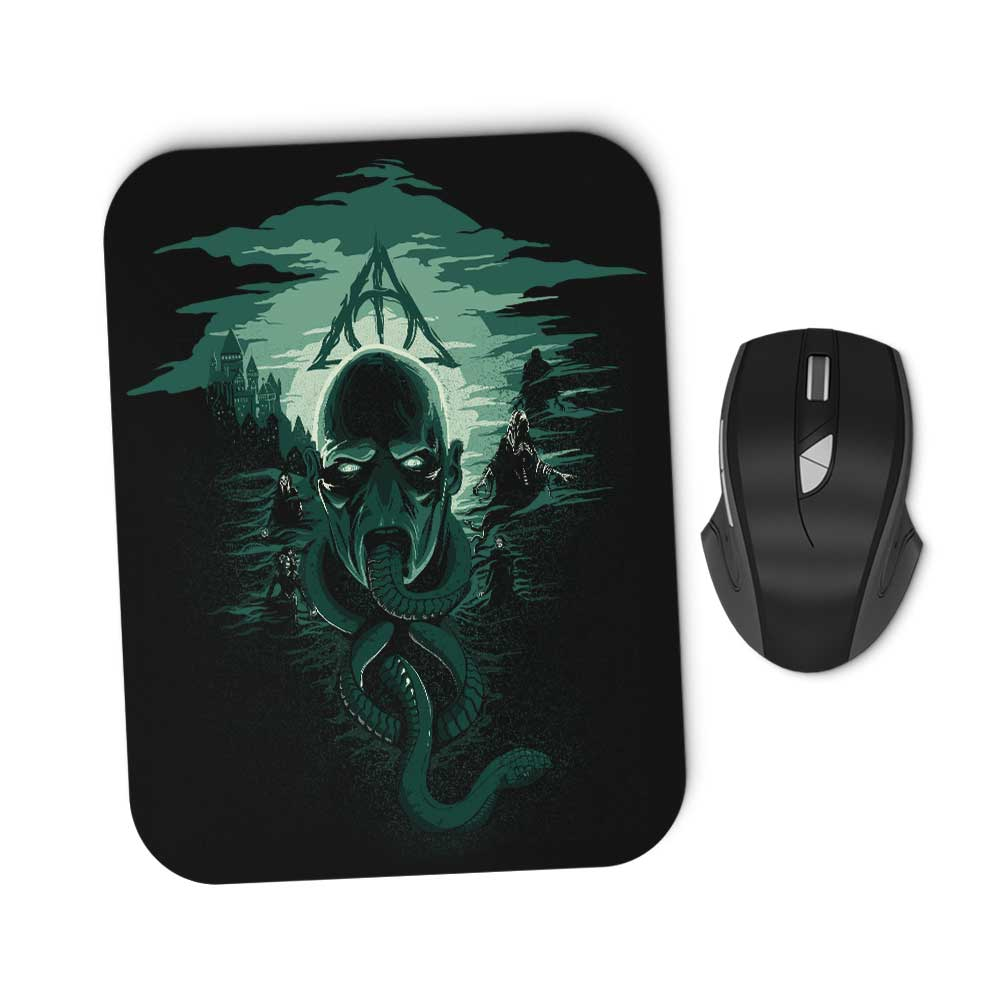 Deadly Moon - Mousepad