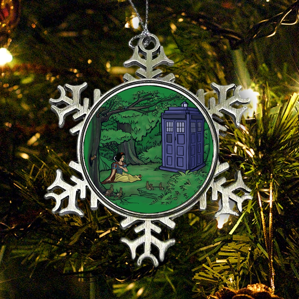Escape the Dark Forest - Ornament