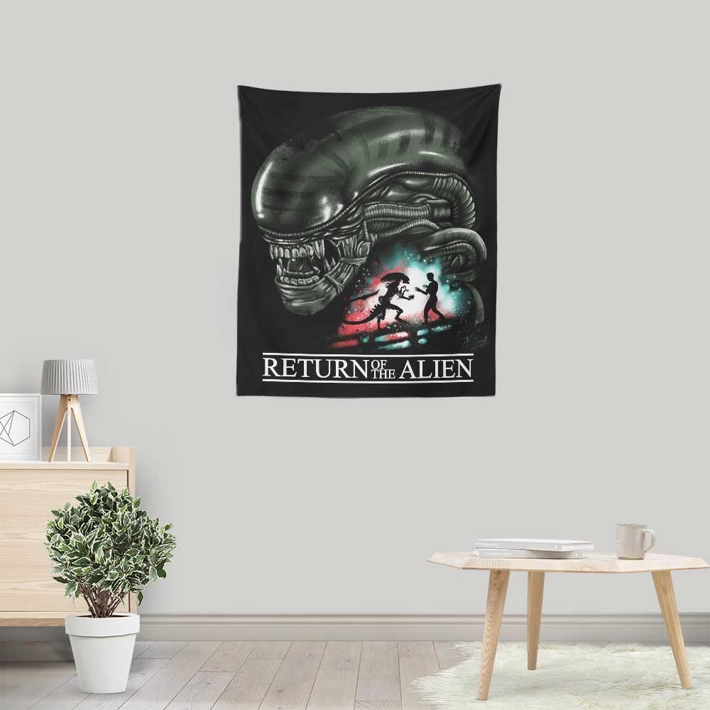 Return of the Alien - Wall Tapestry