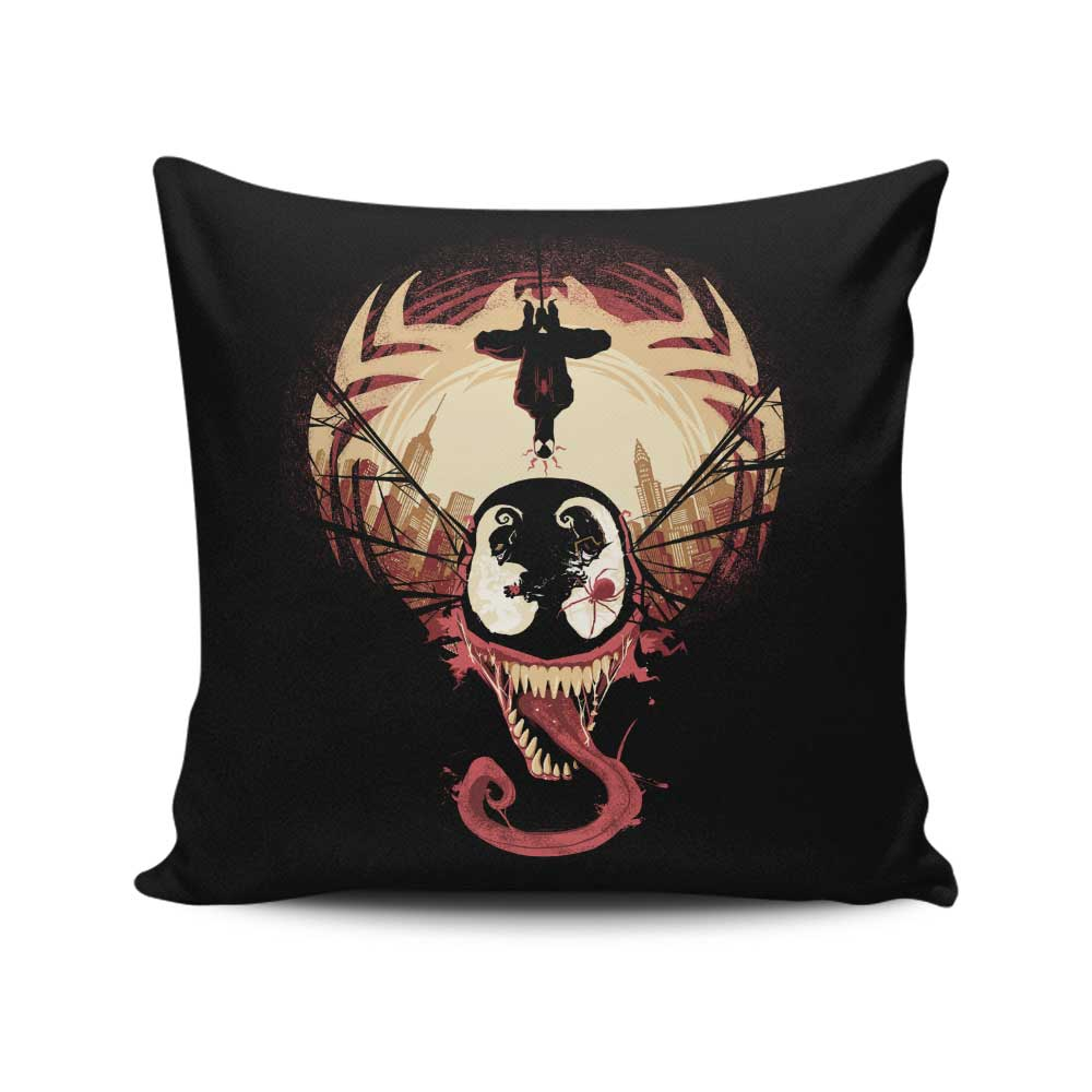 Spider's Nightmare - Throw Pillow