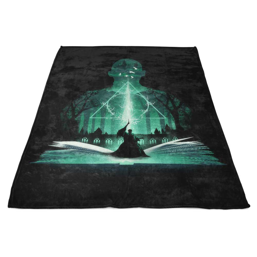 The 7th Book of Magic - Fleece Blanket