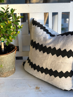 Black & White ZigZag Authentic Mud Cloth Pillow Cover