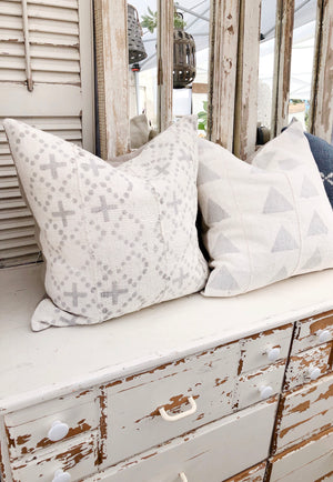 Light Gray with White Mini Cross Authentic Mud Cloth Pillow Cover