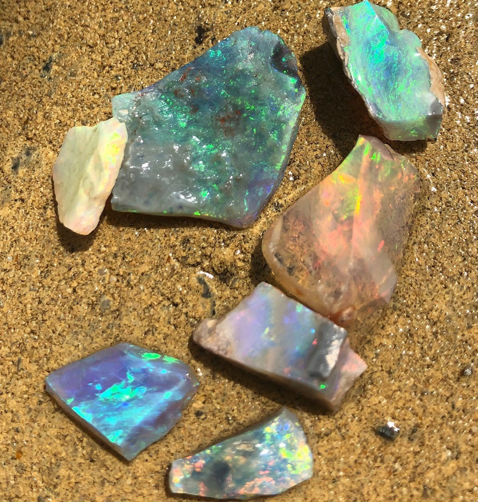 Opal  rough from Lightning Ridge
