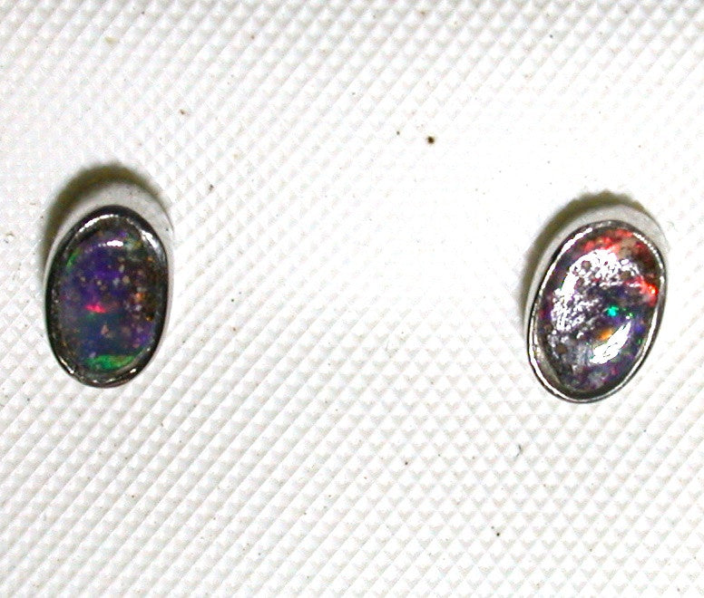 Red green solid boulder opal studs earrings