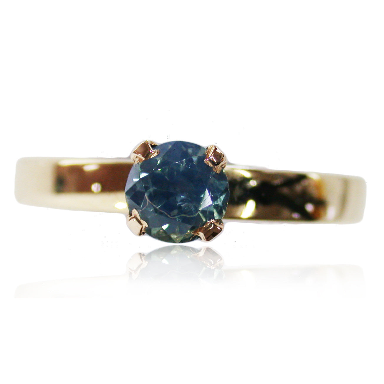 Light Blue Saphire Ring