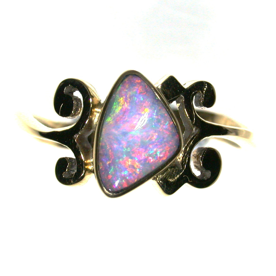 Pink solid boulder opal from Quilpie , 9k Ring