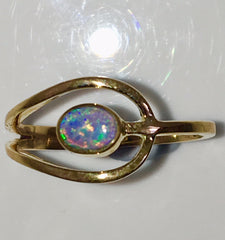 Green Violet solid  boulder opal from Quilpie , 10K Ring