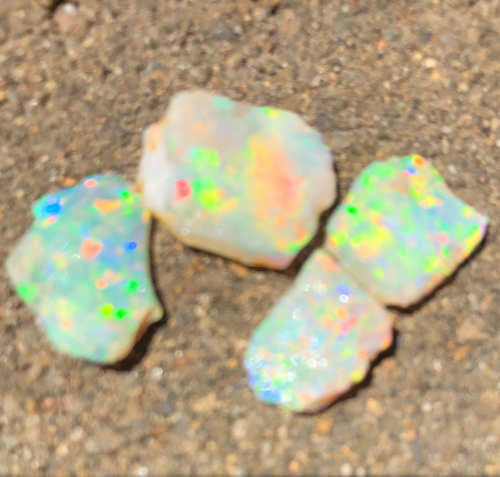 Bright rough crystal opal