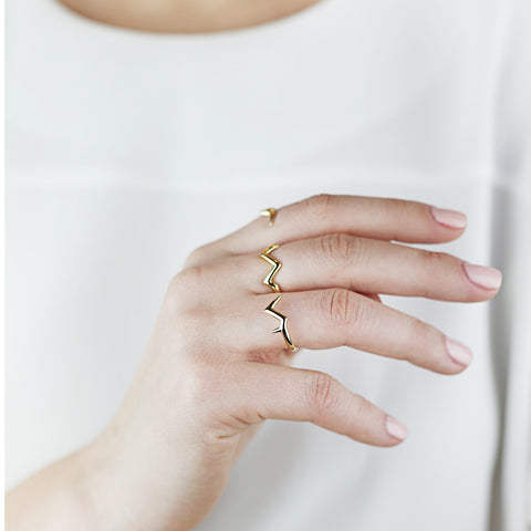 Triple Finger Branch Ring in 18ct Gold, lightweight