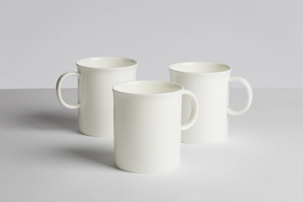 HAY WH MEDIUMS MUG IN WHITE