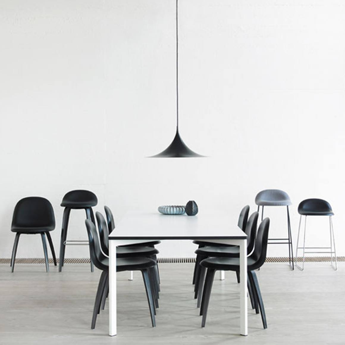 GUBI SEMI PENDANT LAMP MATT BLACK- LARGE Ø60 - Eclectic Cool  - 5