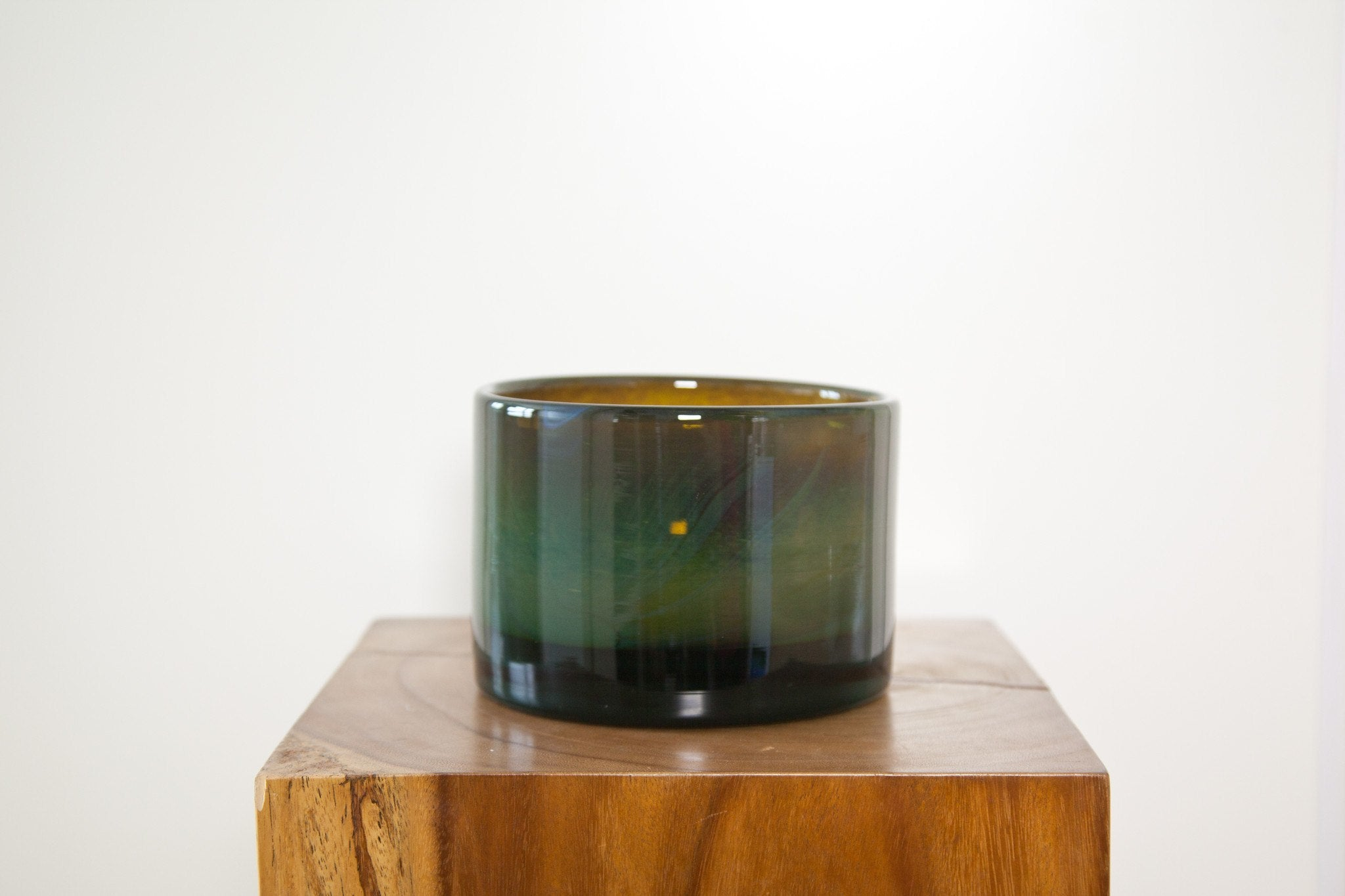 HENRY DEAN CHARLOTTE LOW VASE IN JET - Eclectic Cool