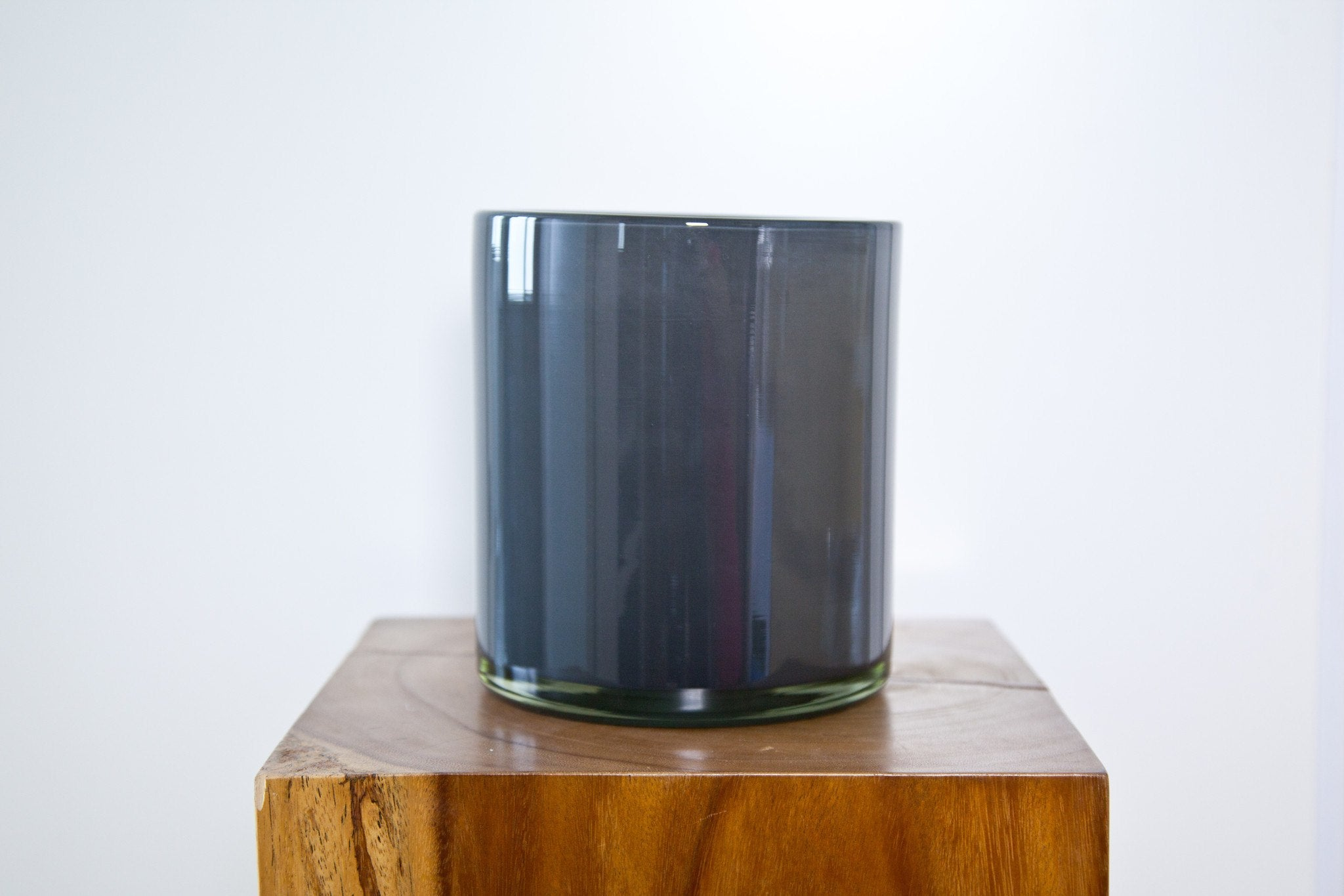 HENRY DEAN CYLINDER VASE IN GREY - Eclectic Cool