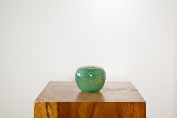 HENRY DEAN ROUND VASE IN ASPEN -SMALL - Eclectic Cool