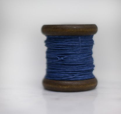 PAPER TWINE ON AN NEW STAINED BOBBIN IN JEANS BLUE - Eclectic Cool  - 1