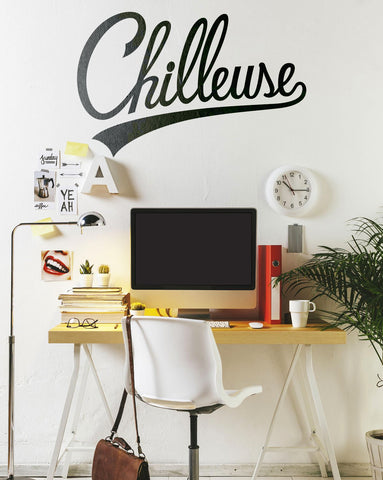 Chilleuse Wall Decal / Décalque