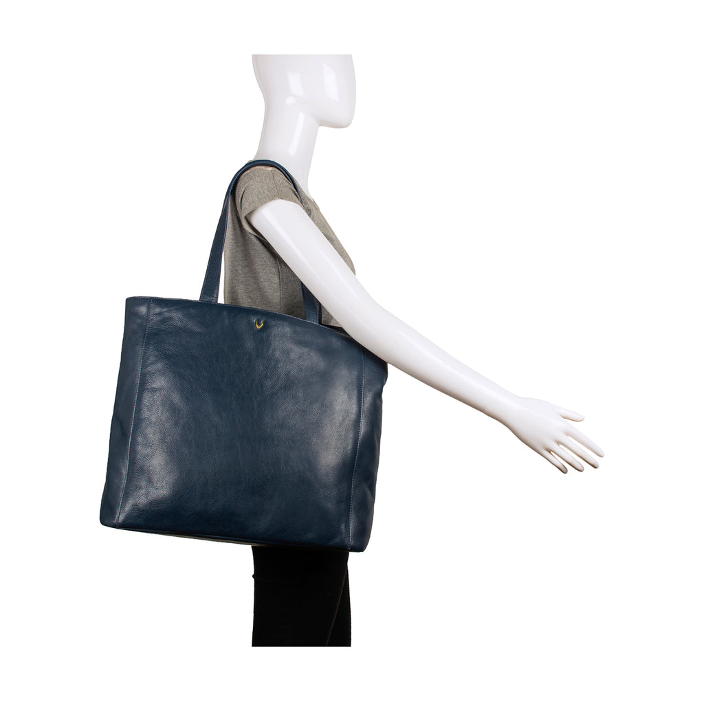 real deal perfect quality free delivery Clara Large Leather Tote