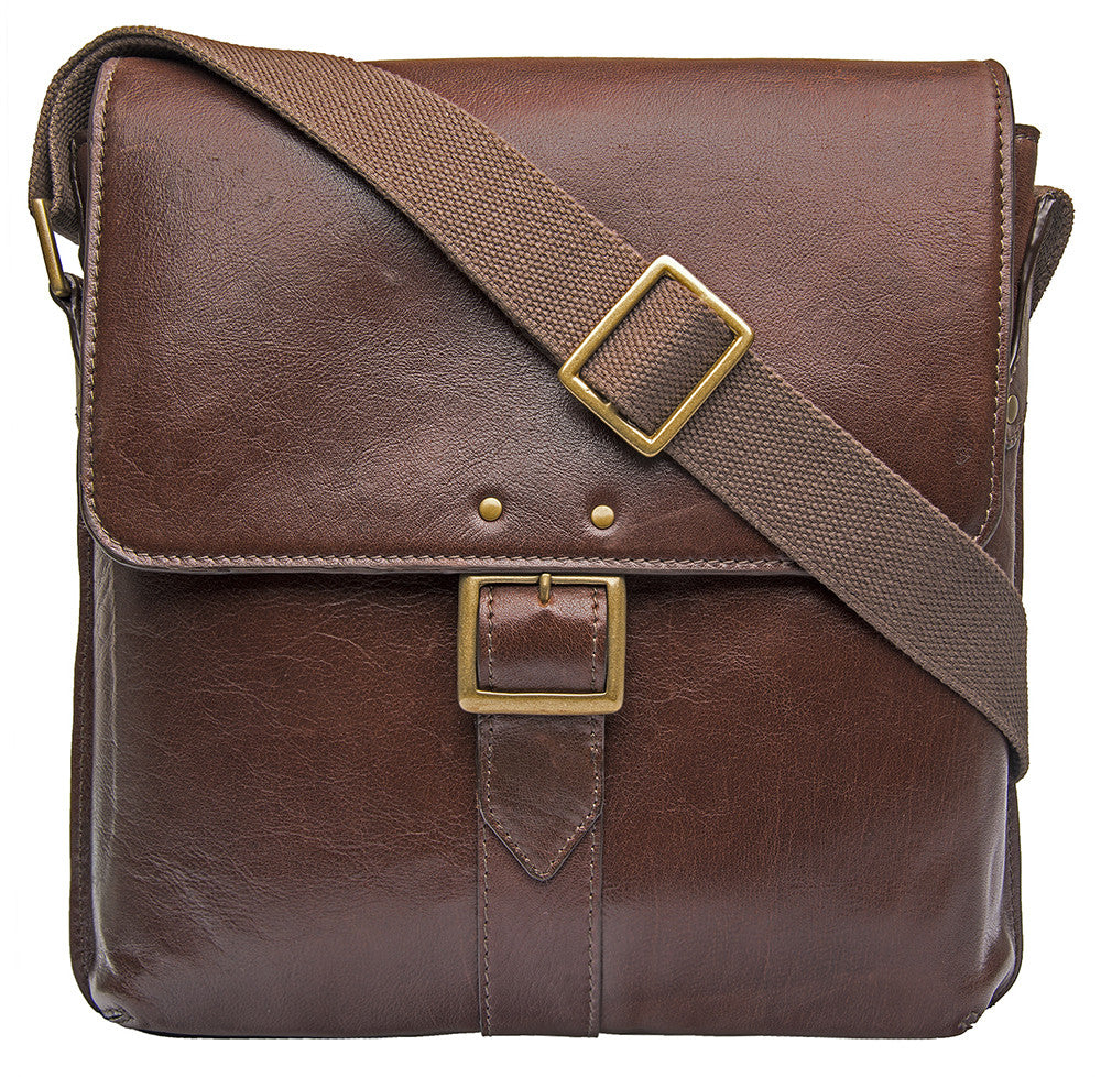 Vespucci Vertical Buffalo Leather Messenger