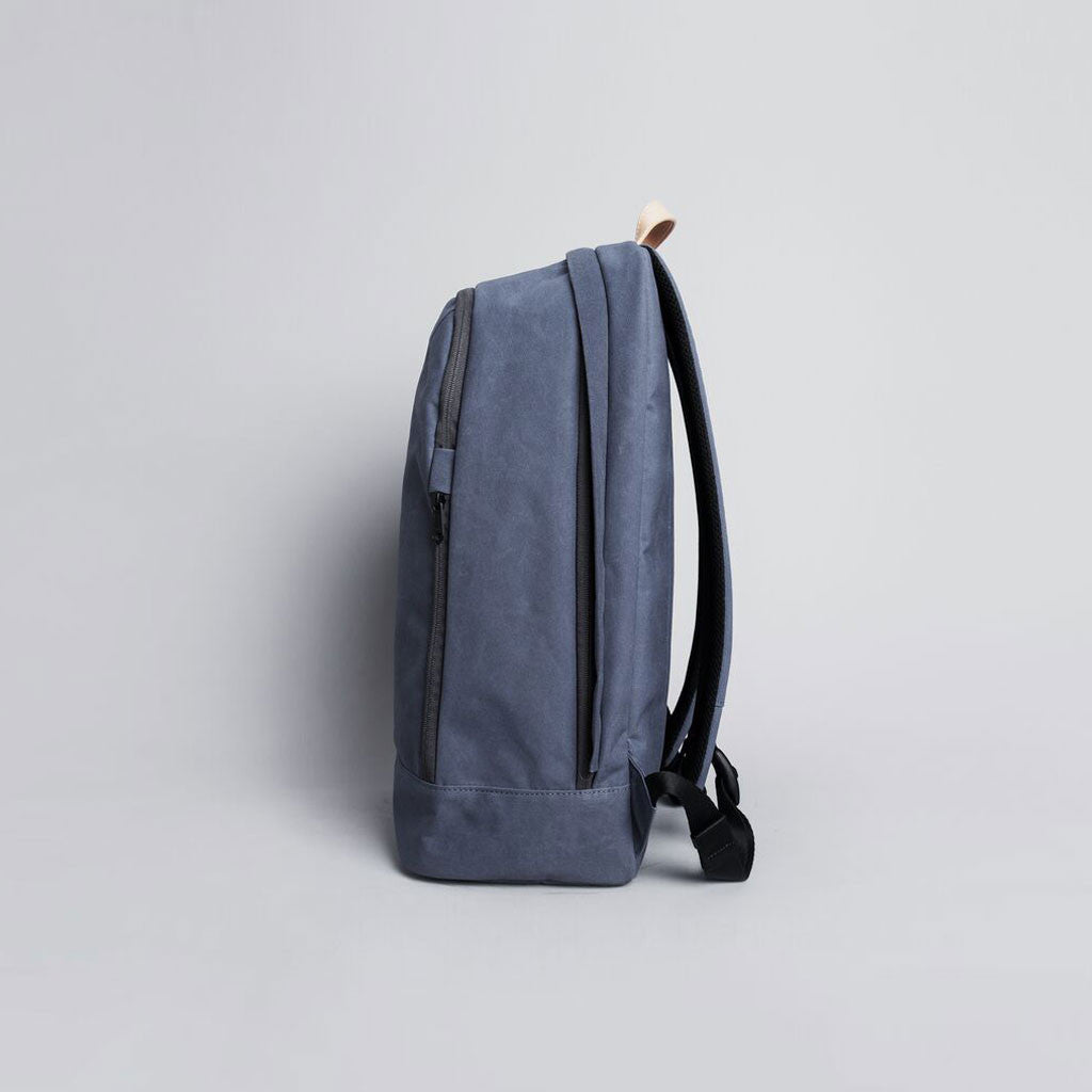 R BAG 540 RAW WAXED 13 INCH NAVY