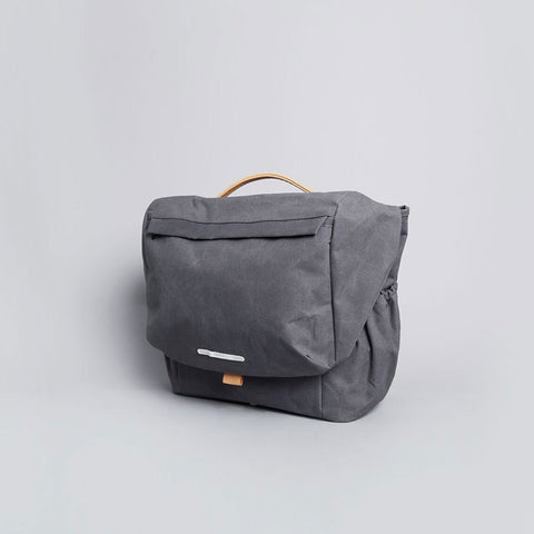 Rawrow R MESSENGER 500 RAW WAXED 15 INCH CHARCOAL - Men's Online Shopping in Singapore | The Assembly Store - 2