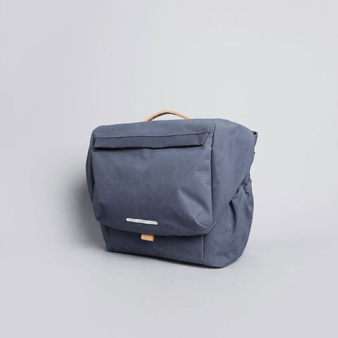 Rawrow R MESSENGER 500 RAW WAXED 15 INCH NAVY - Men's Online Shopping in Singapore | The Assembly Store - 2