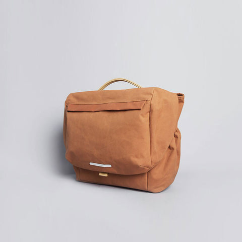 Rawrow R MESSENGER 500 RAW WAXED 15 INCH ORANGE - Men's Online Shopping in Singapore | The Assembly Store - 2