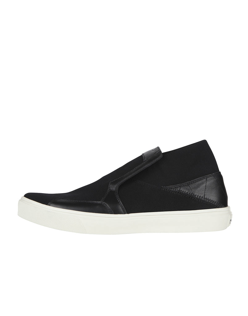 S0122 SLIP-ON BOOT in Black