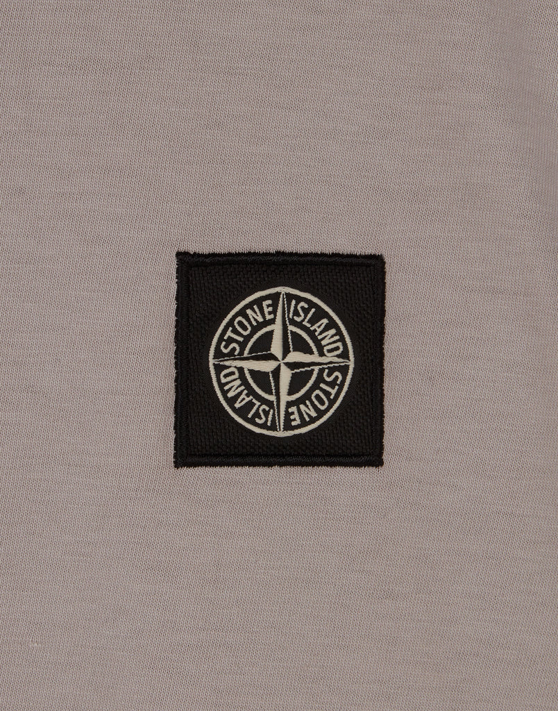 24141 Small Logo Patch T-Shirt in Ivory