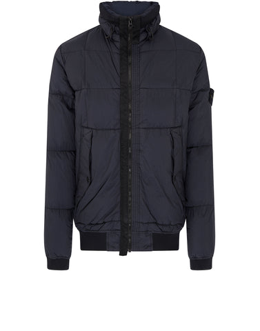 40423 GARMENT-DYED MICRO YARN DOWN Jacket in Navy Blue