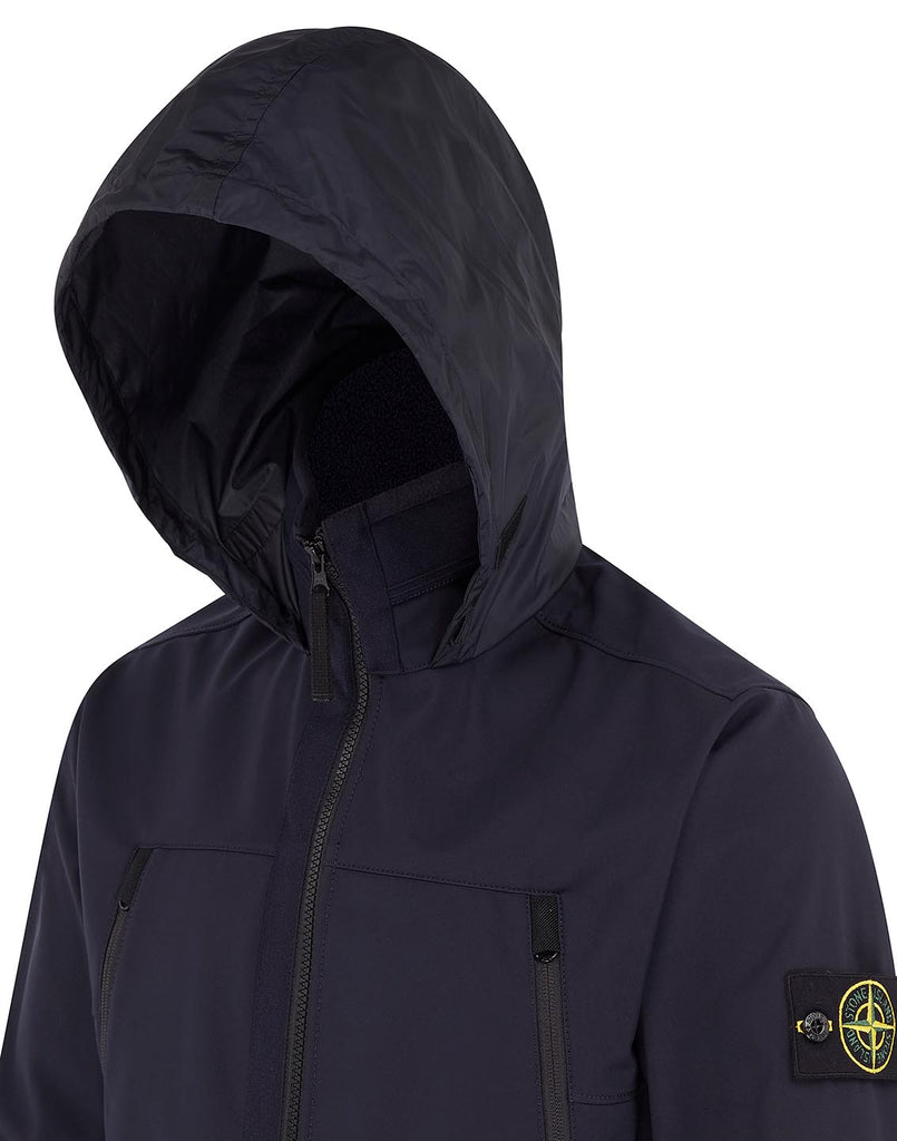 Q0722 SOFT SHELL-R Jacket in Navy Blue