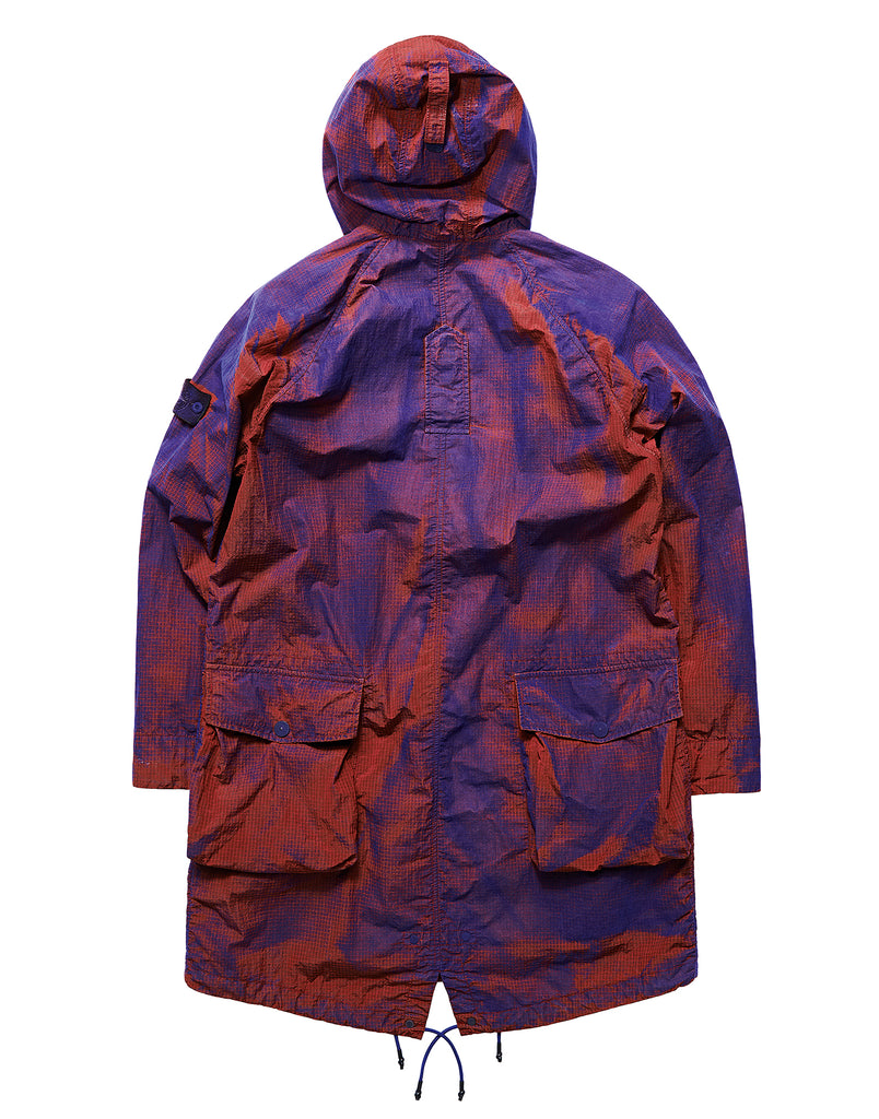 710R1 PROTOTYPE RESEARCH_SERIES 04 MANUAL FLOCKING ON NYLON METAL GRID-OVD Fishtail Parka in Red