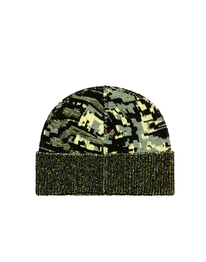 N01D6 MIXED YARNS TWISTED PIXEL CAMO Beanie in Black