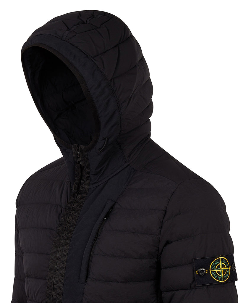 41225 LOOM WOVEN DOWN CHAMBERS STRETCH NYLON-TC Jacket in Black