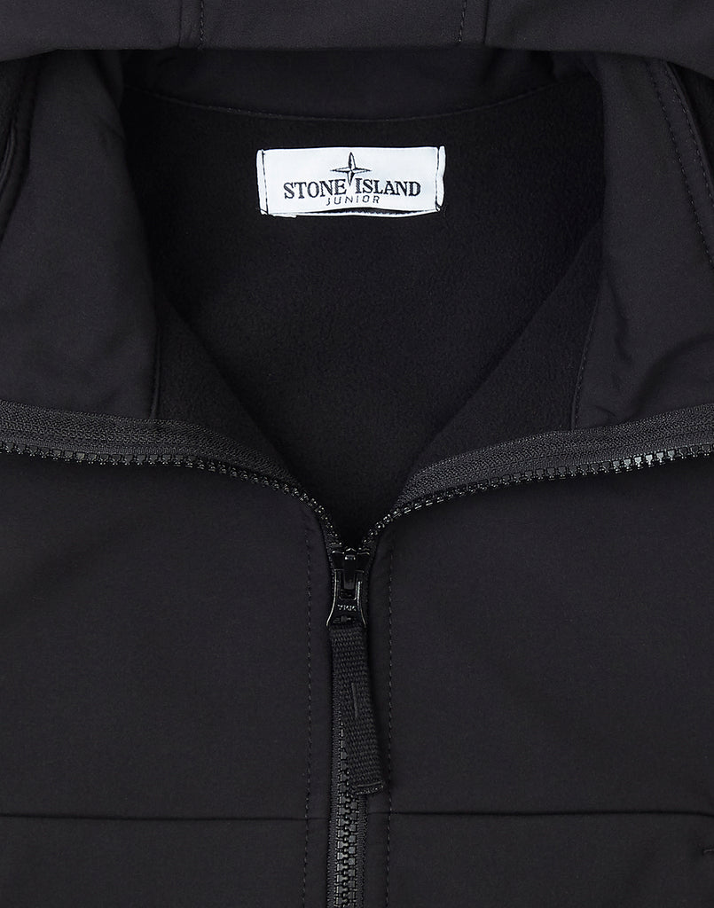 Q0230 Soft Shell-R Jacket in Black