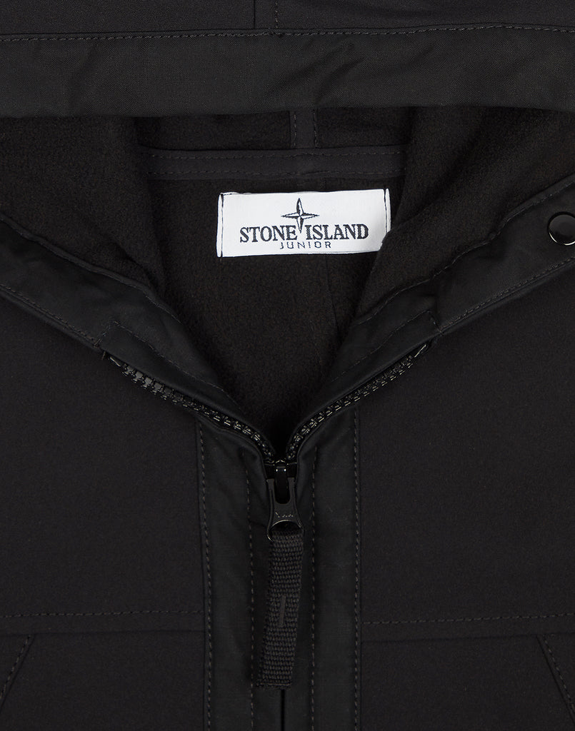Q0130 SOFT SHELL-R Light Overcoat in Black