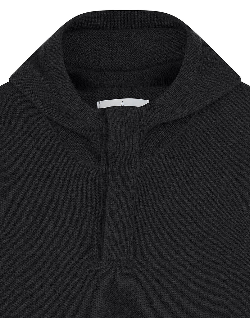 507A3 Hooded Jumper in Black