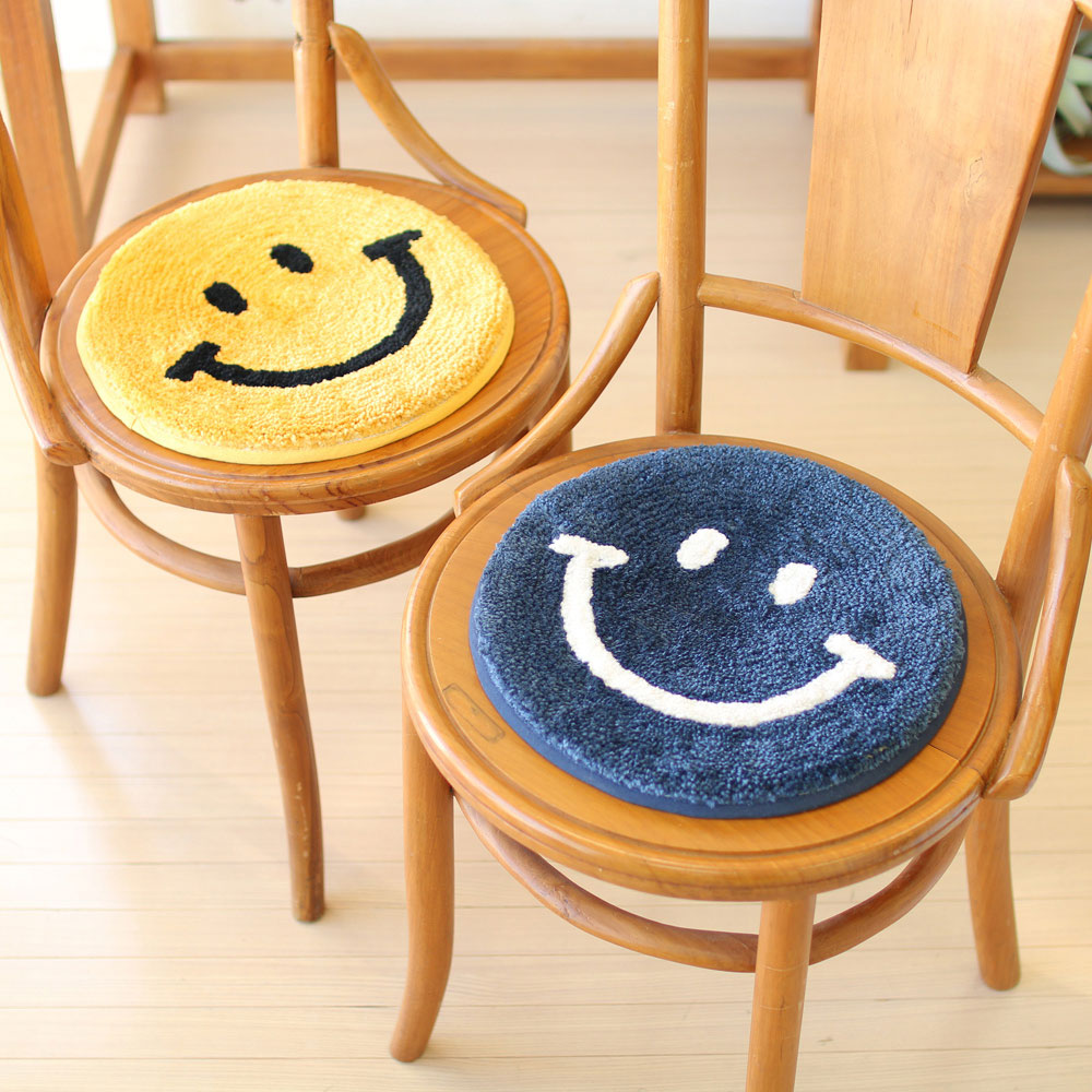 Smiley 座墊 (2色選擇)*Smiley Sitting Mat (2-color)