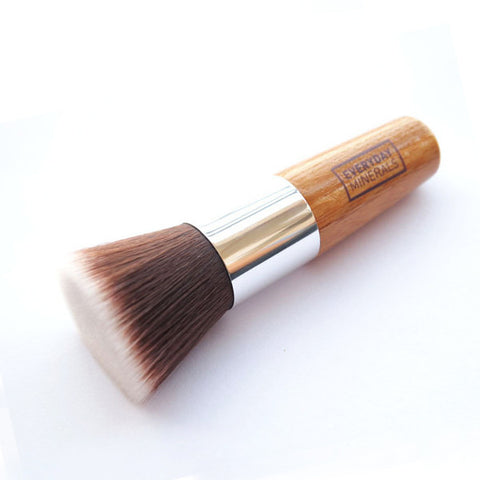 Everyday Minerals Flat Top Brush 平頭碎粉掃