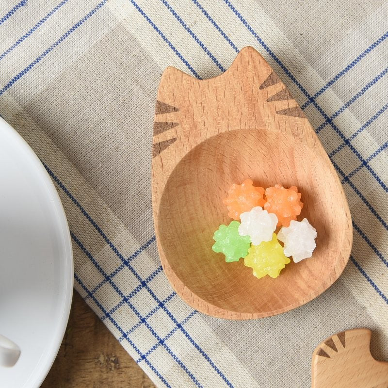 貓形木碟 Cat-Shaped Wooden Plate