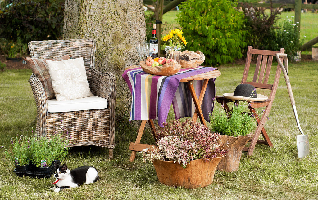 What kind of furniture should you have in your garden?
