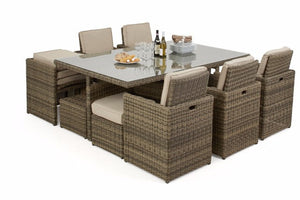 Outdoor seating for 10 people when space is limited or patio is small