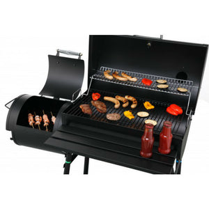Extra BBQ grill space from the Tepro Biloxi Charcoal BBQ Smoker