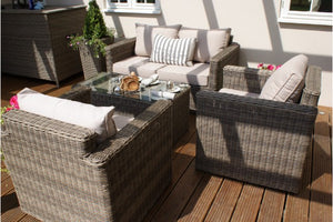 Relax and enjoy these square shaped sofa and chairs ideal for your garden or conservatory