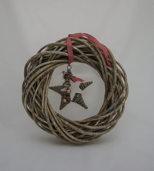 Grey Willow Shabby Chic Decorative Wreath and Hanging Star - Choice of Colours - Gardenbox