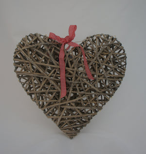 Grey Willow Hanging Heart with LED Lights - Gardenbox