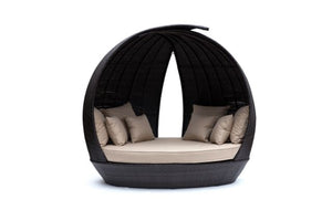 Lotus Daybed by Maze Rattan - Gardenbox